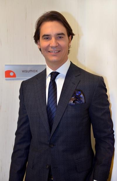 Dr. Efekan Coskunseven